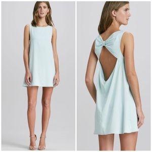 Alice + Olivia Trina bow-back tunic dress
